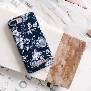 ideal of sweden Accessories - iPhone 6/6S/7/8 Case
